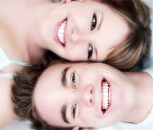 art-whitening-couple-300x256